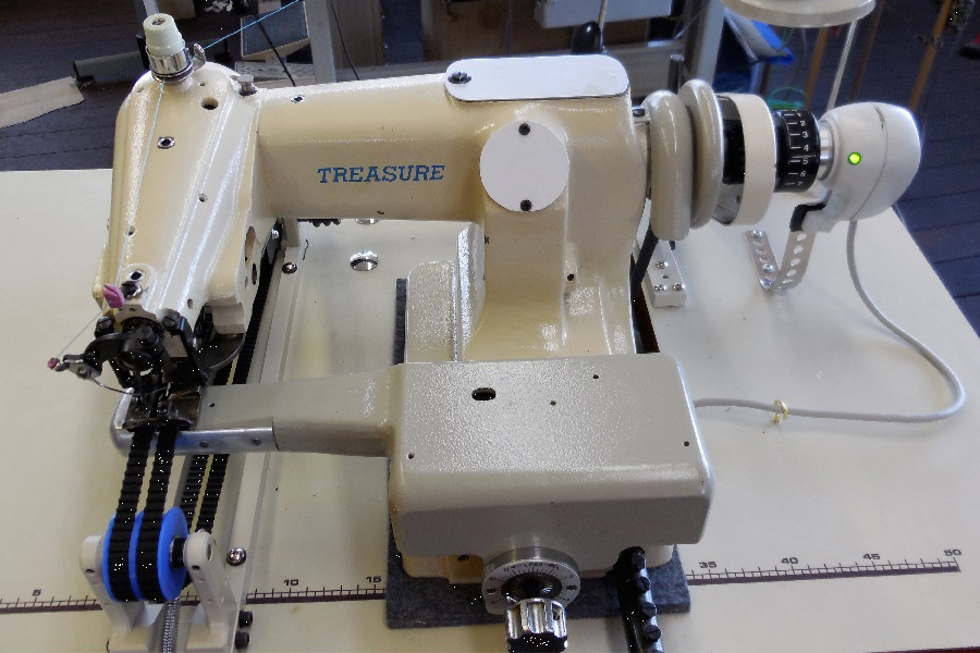 Blind stitch sewing machines for wetsuits. Model WBS-143-1 Long Belt Modification